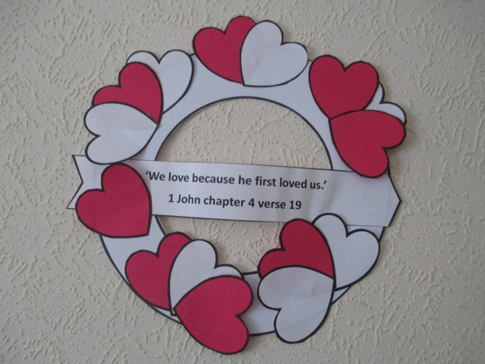 Valentine Wreath Craft - free Pdf (2/2)